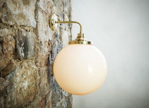 Bathwaters Mullan Lighting MLBWL010POLBRS 1