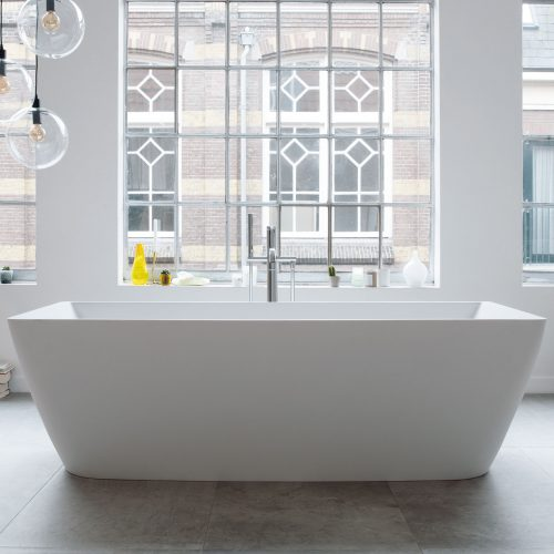 DuraSquare lifestyle bath