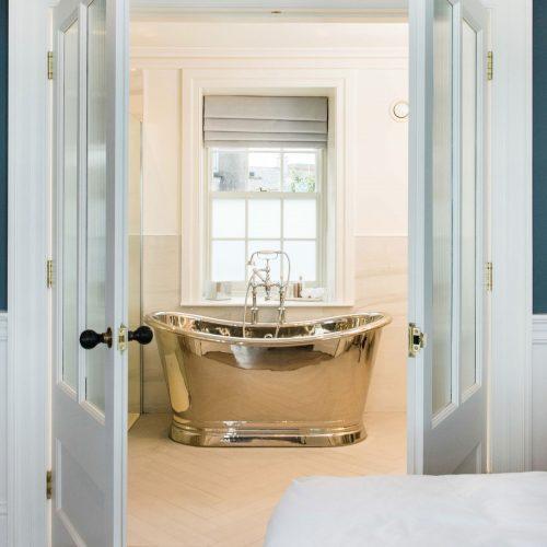 West One Bathrooms  bac025 baths v1 ls2