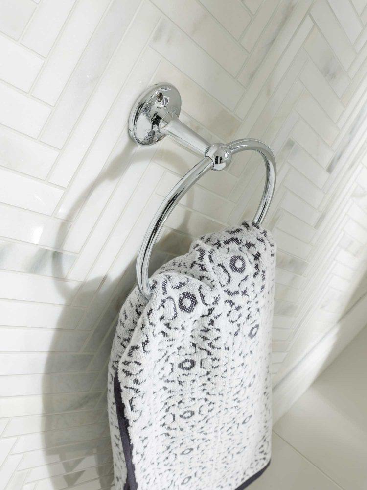 Towel Rails & Rings